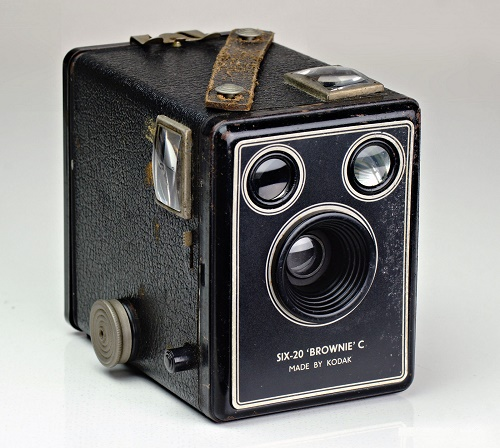 Kodak-box-brownie-camera